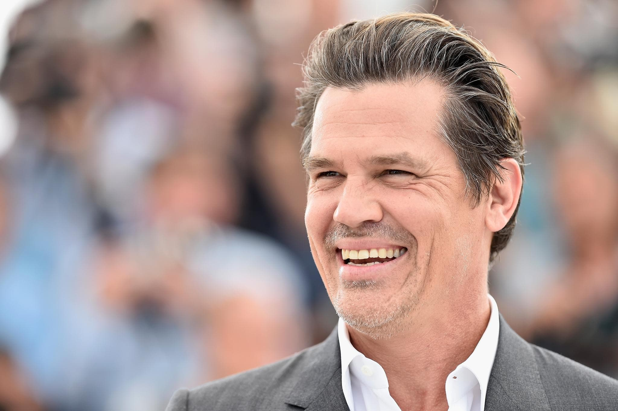 Josh Brolin Widescreen