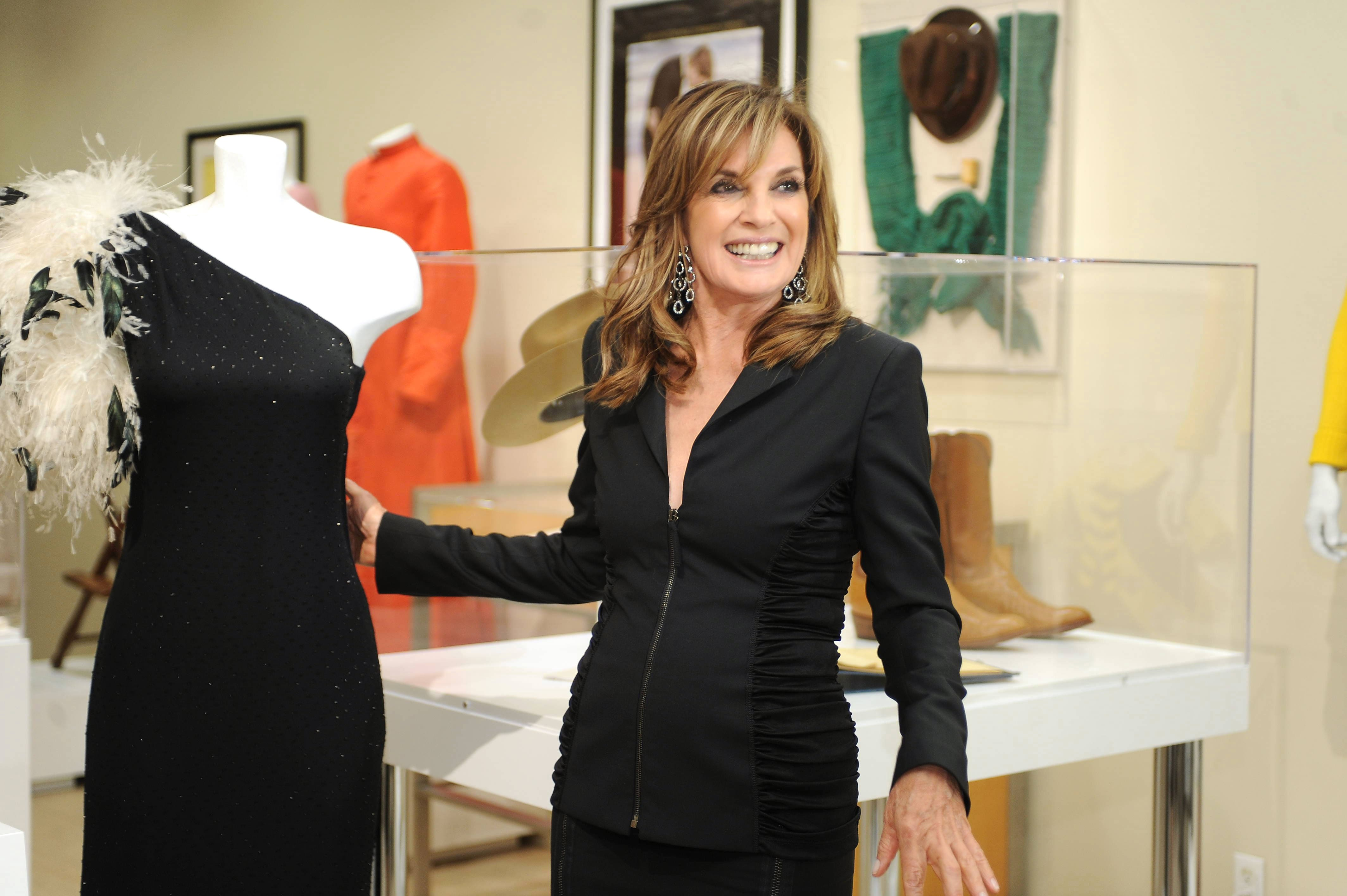 Linda Gray Widescreen