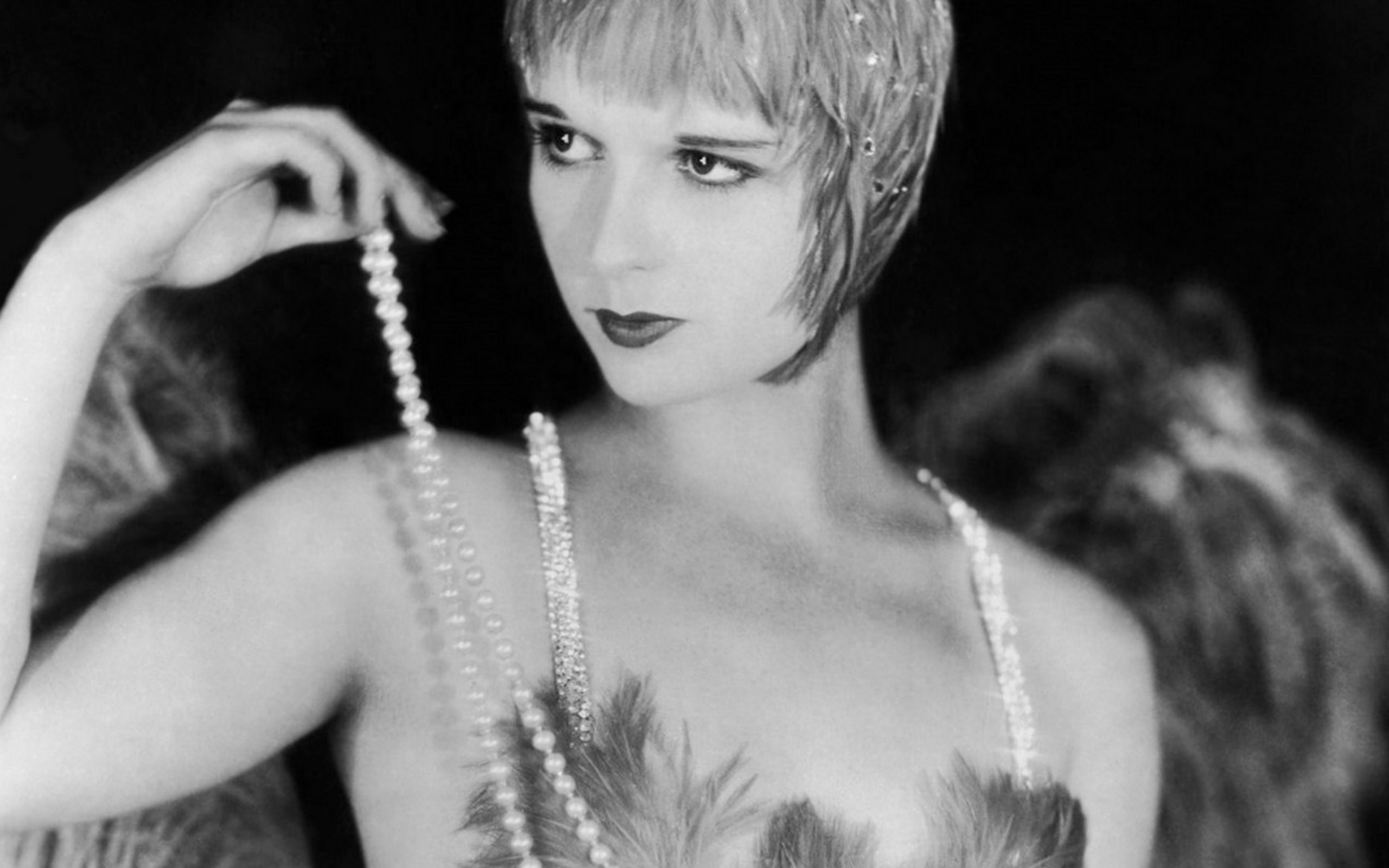 Louise Brooks Widescreen