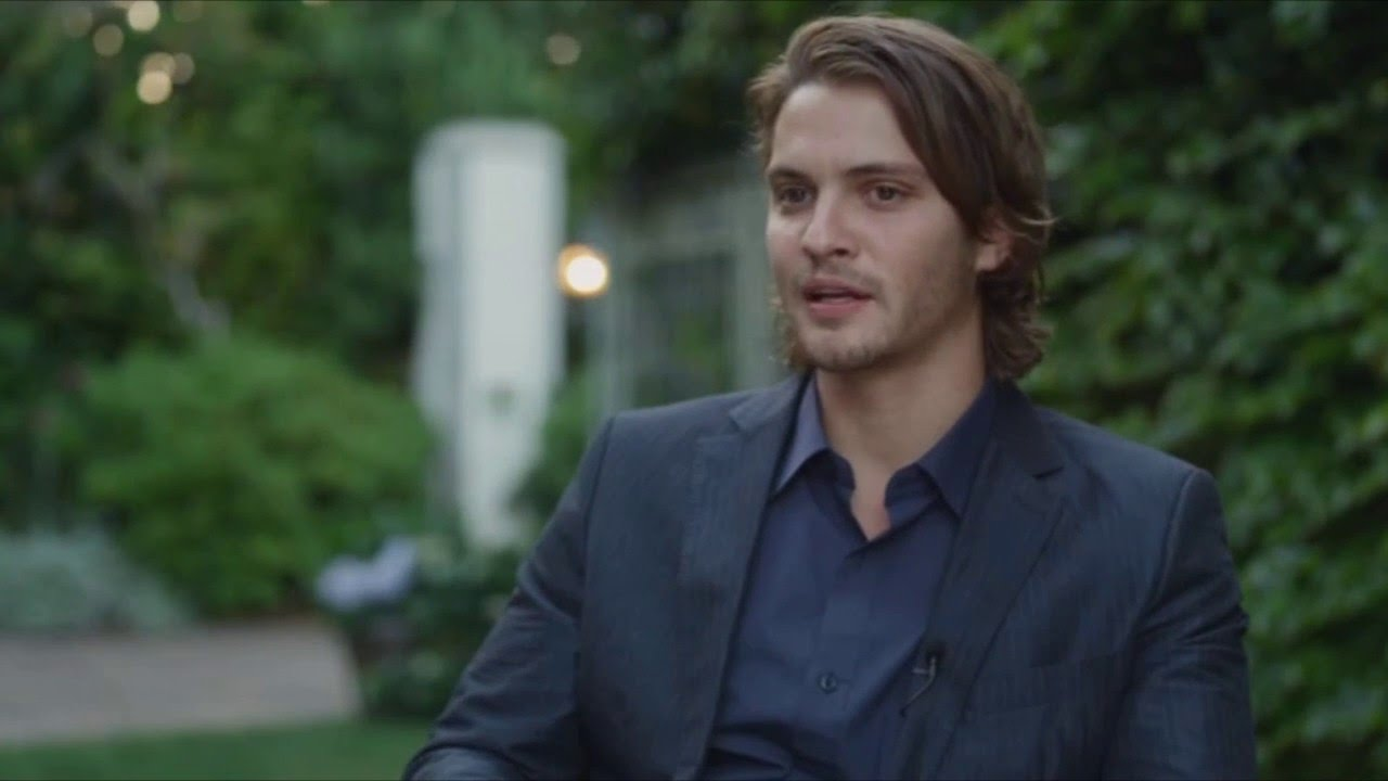 Luke Grimes Widescreen