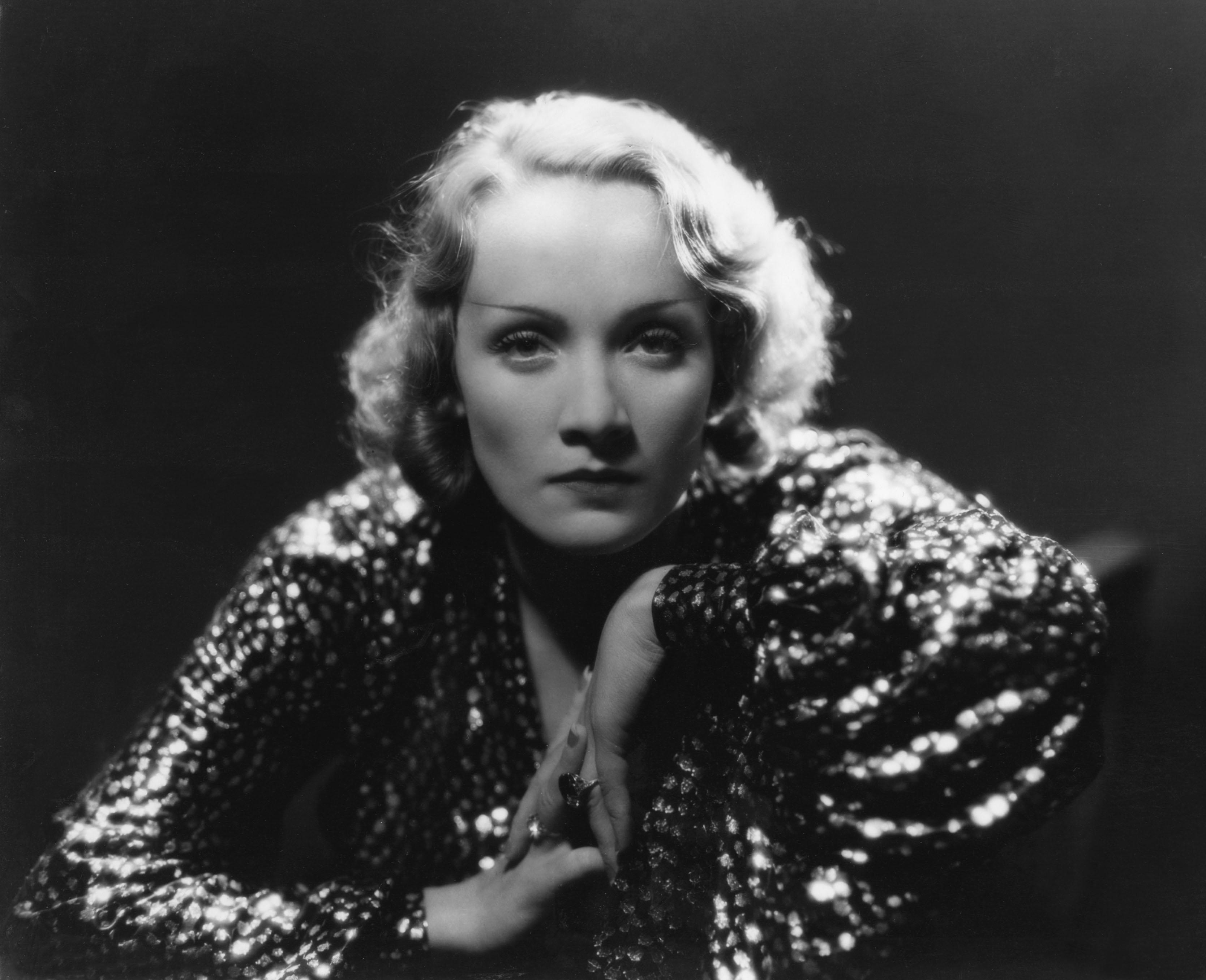 Marlene Dietrich Widescreen