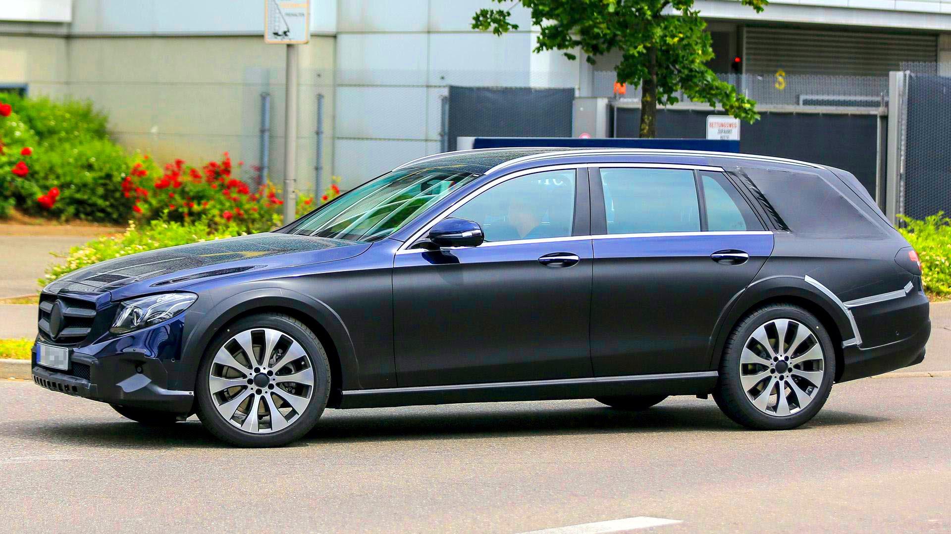 Mercedes E-Class All-Terrain Widescreen