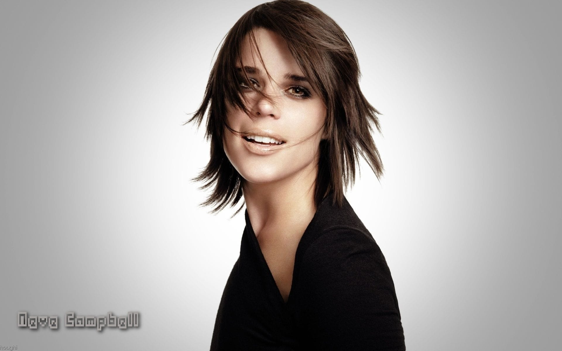 Neve Campbell Widescreen
