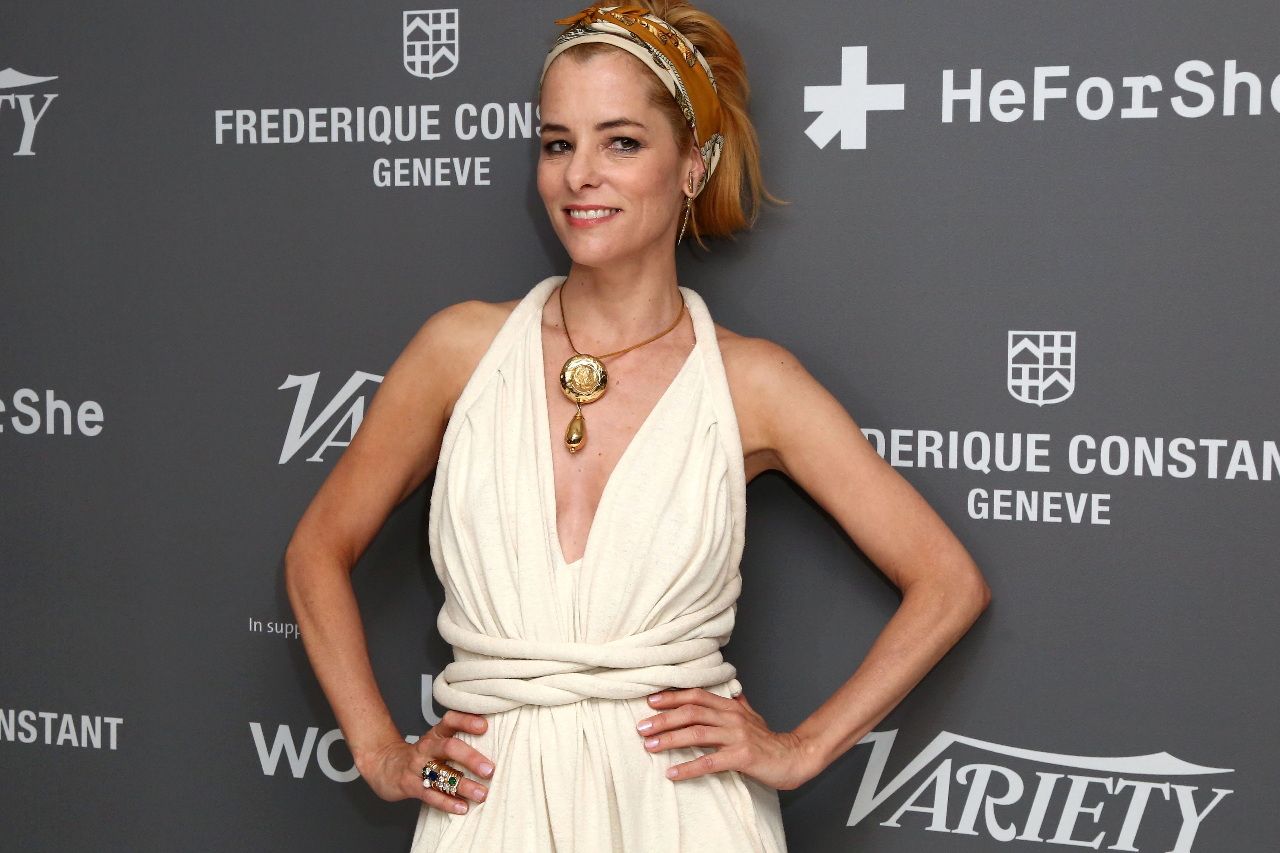 Parker Posey Widescreen