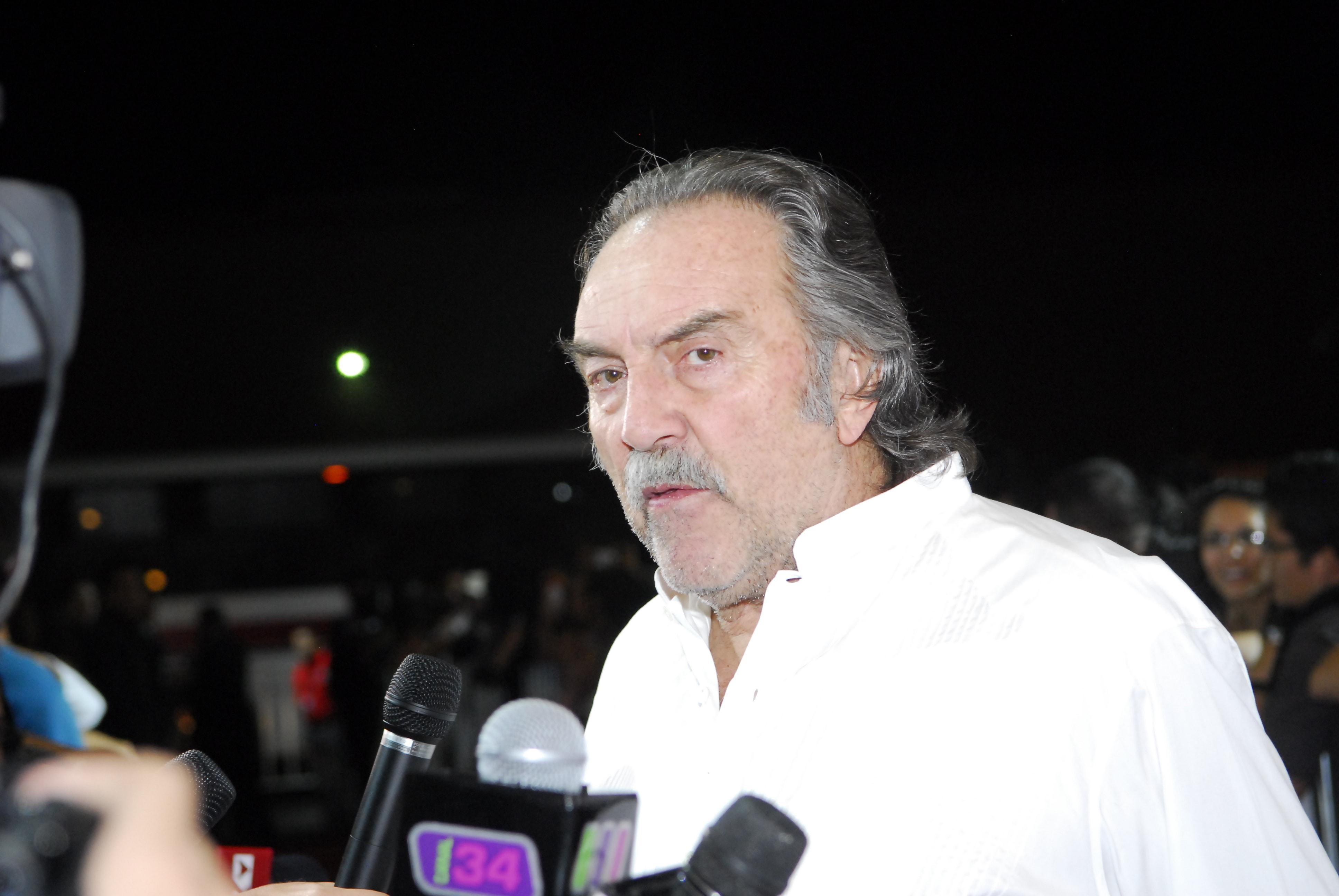 Pedro Armendariz Widescreen