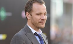 Peter Sarsgaard Widescreen