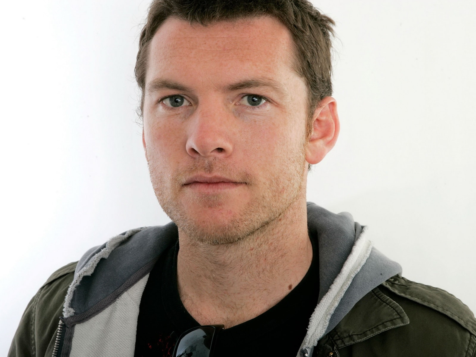 Sam Worthington Widescreen