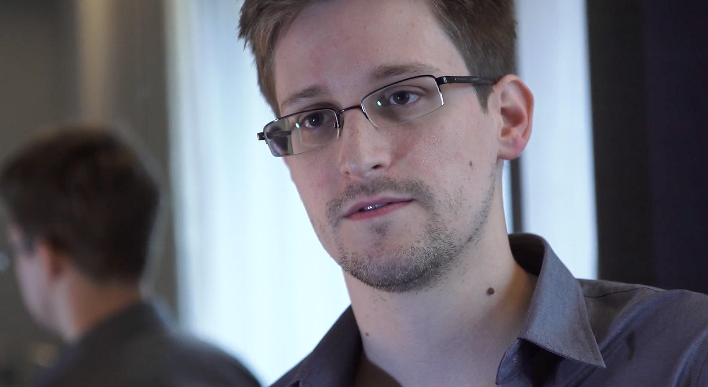 Snowden Widescreen