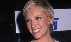 Toni Collette Widescreen