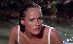 Ursula Andress Widescreen