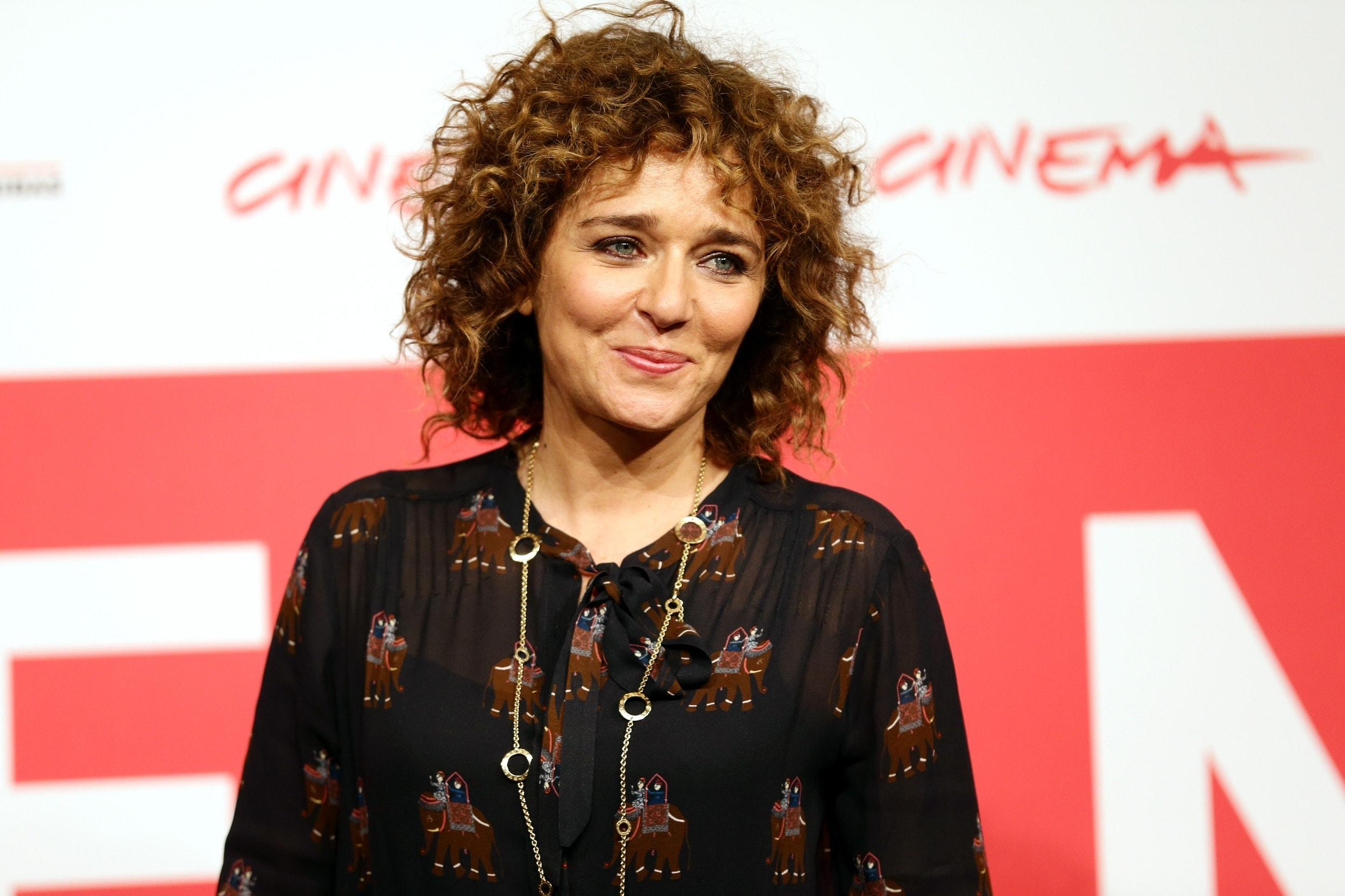 Valeria Golino Widescreen