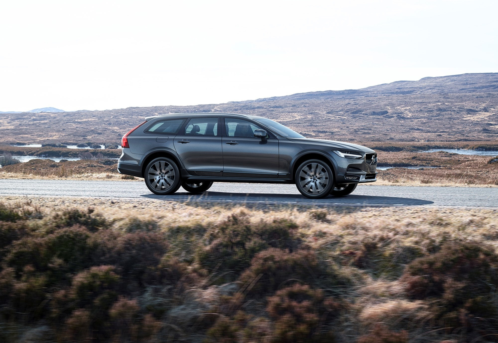 Volvo V90 Cross Country Widescreen