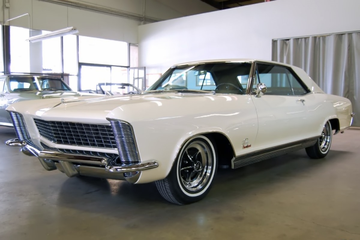 1965 Buick Riviera GS Download