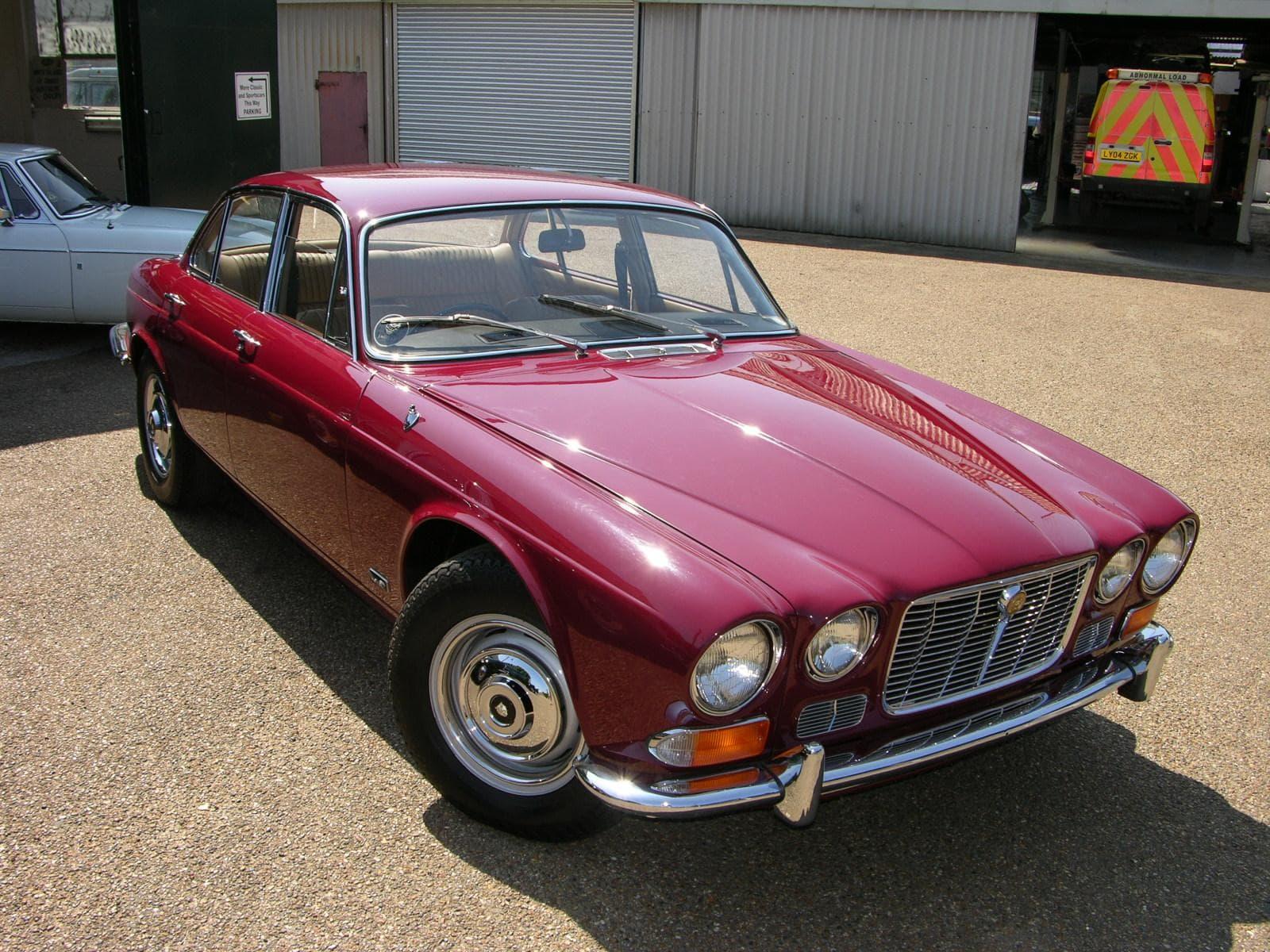 1968 Jaguar XJ6 Download