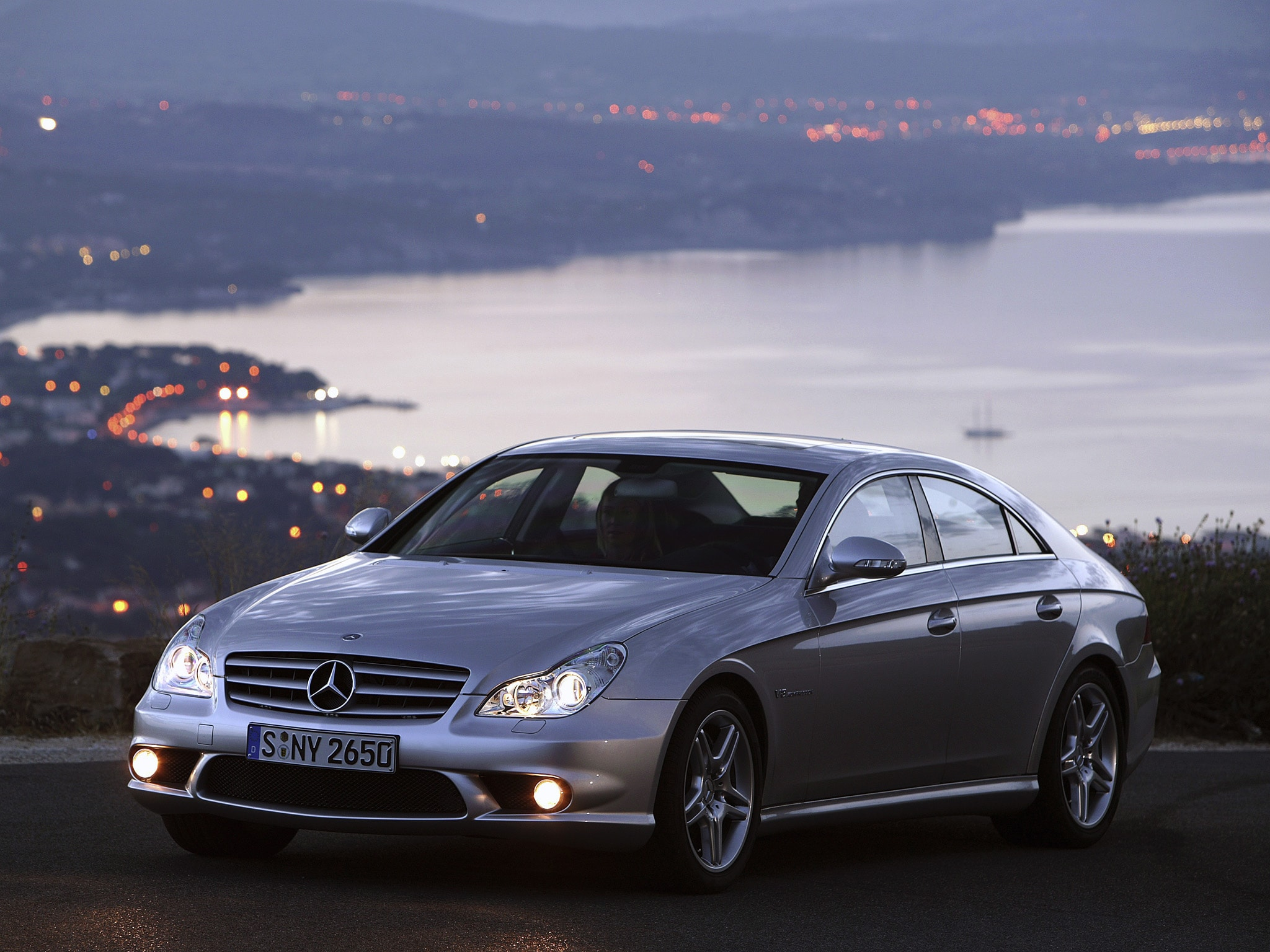 2005 Mercedes-Benz CLS Download