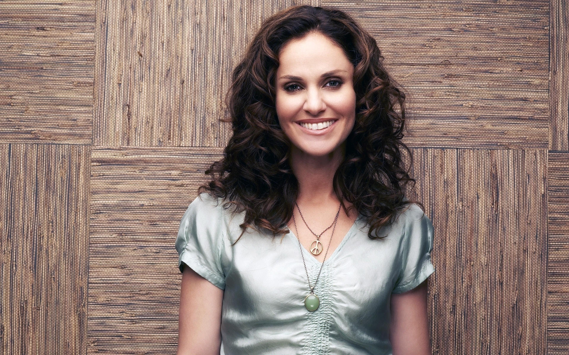 Amy Brenneman Download