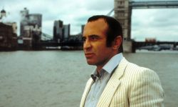 Bob Hoskins Download
