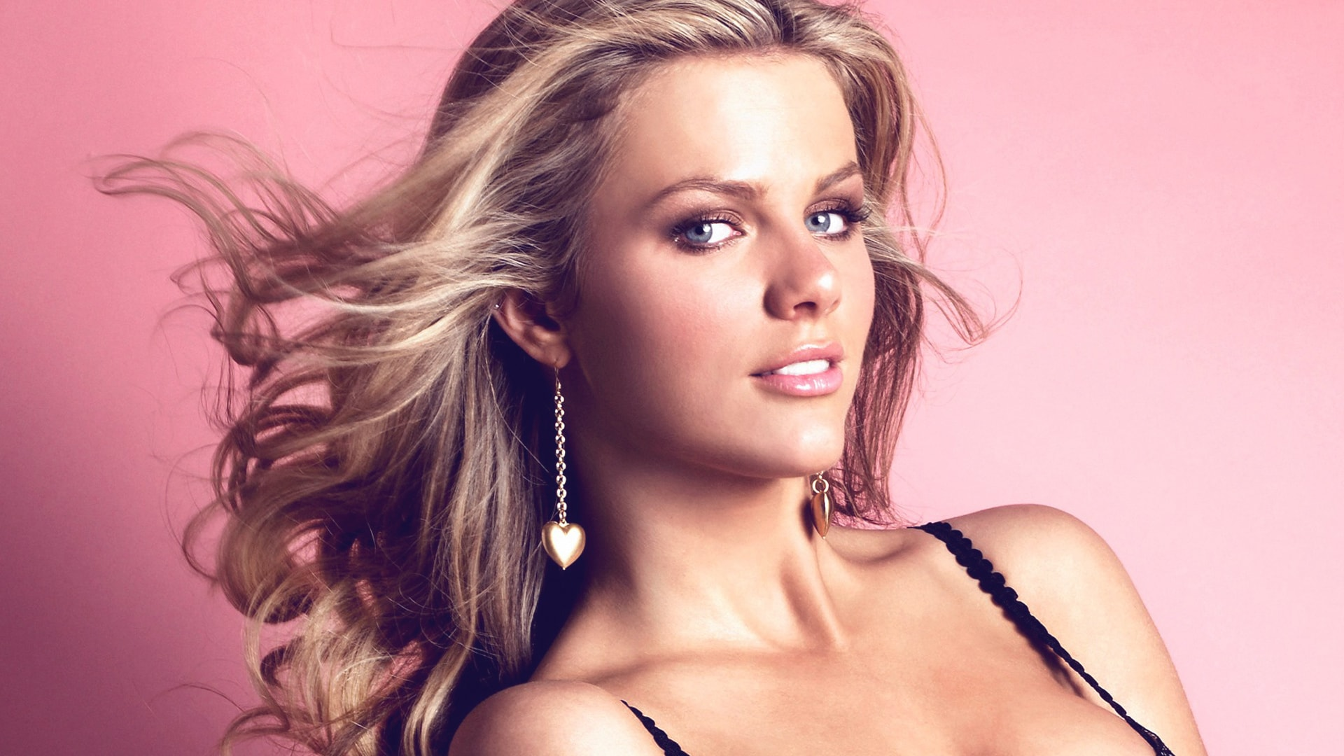 Brooklyn Decker Widescreen