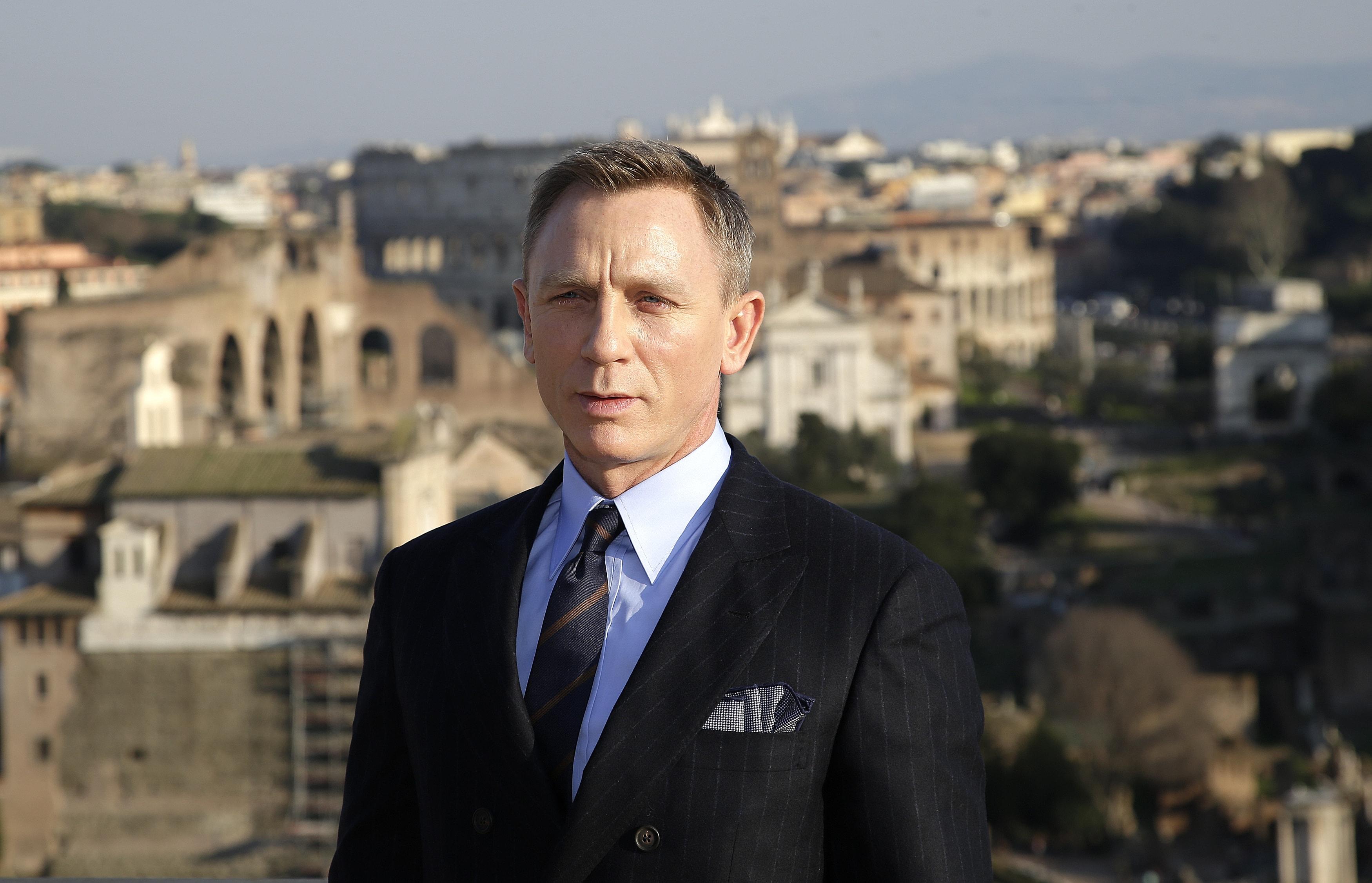 Daniel Craig Download