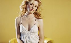 Elizabeth Banks Download