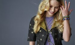 Emilie De Ravin Download