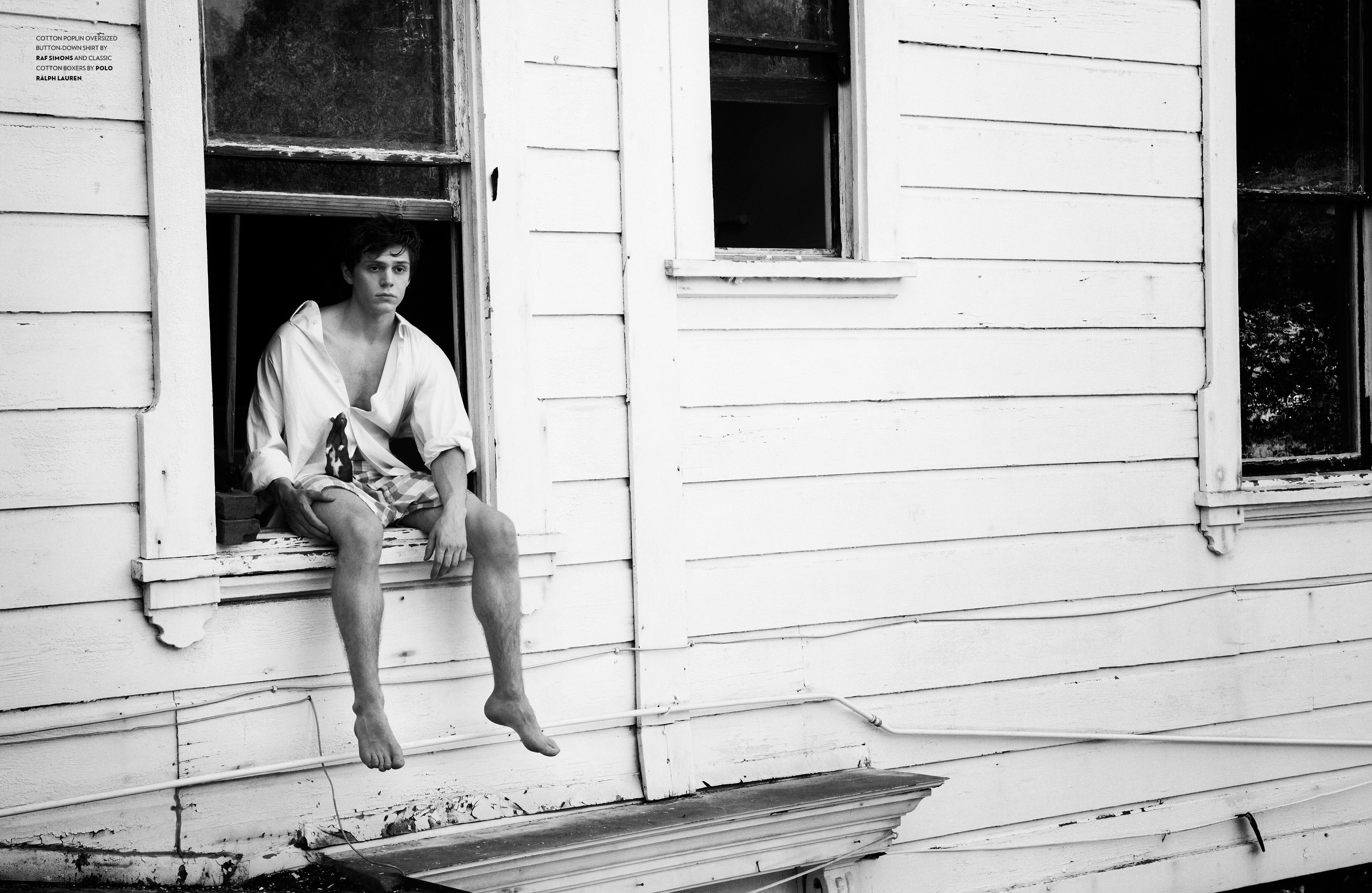 Evan Peters Download