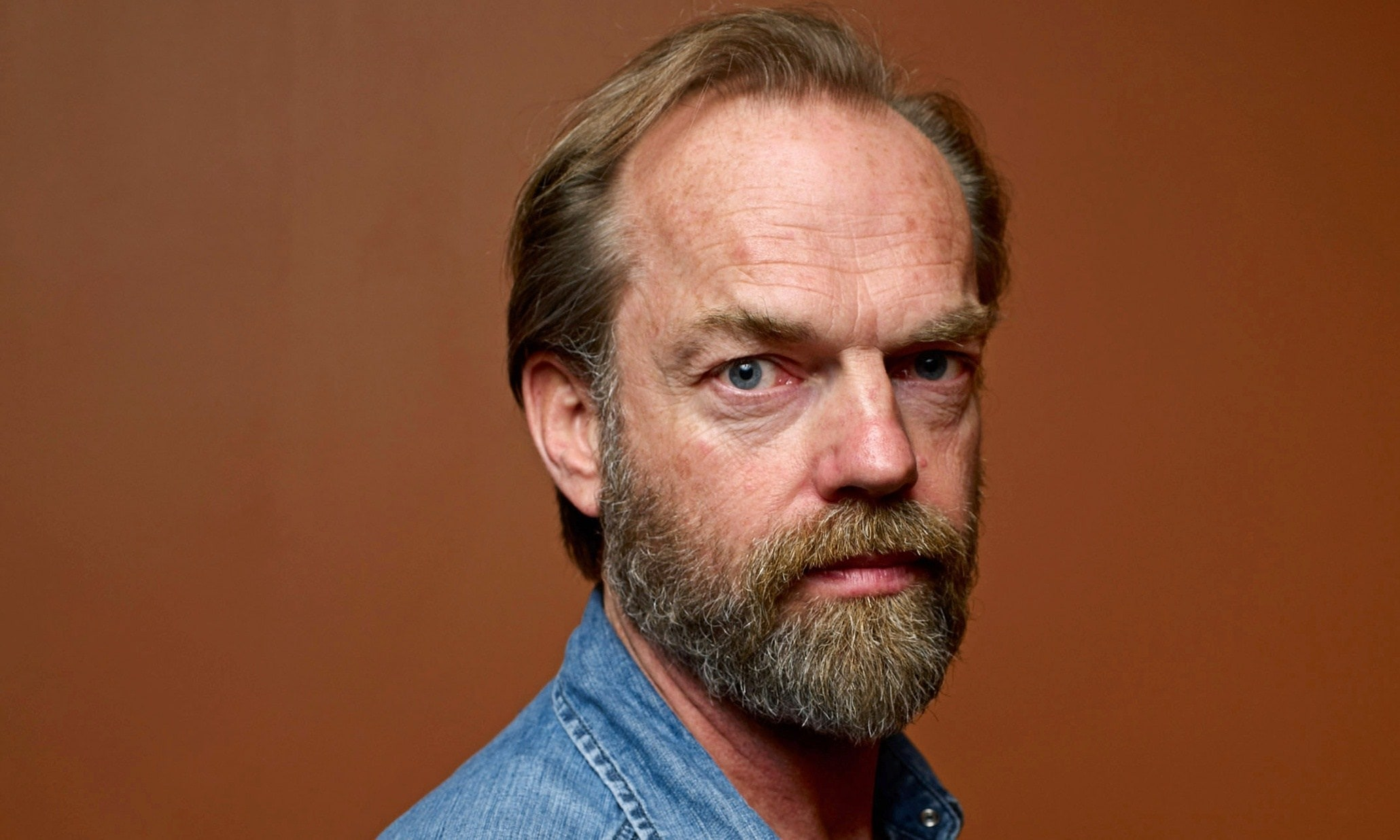 Hugo Weaving Download