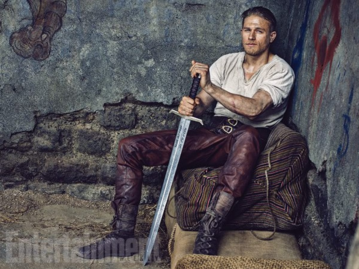 King Arthur Legend Of The Sword Hd Wallpapers 7wallpapers Net
