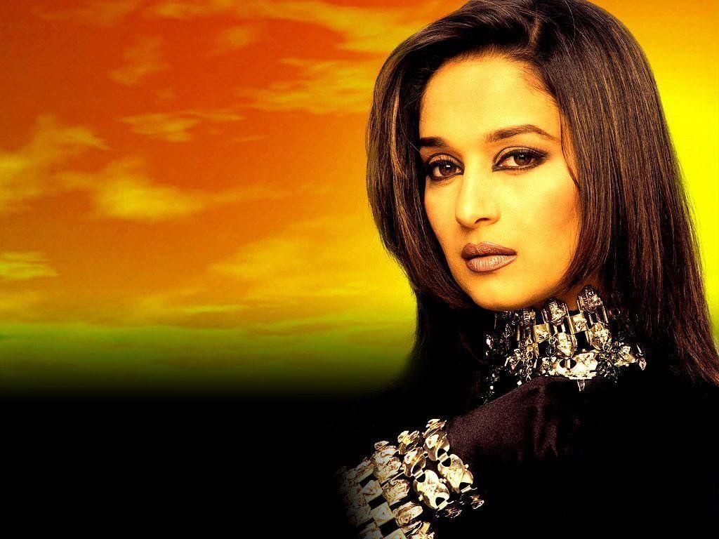 Madhuri Dixit Widescreen