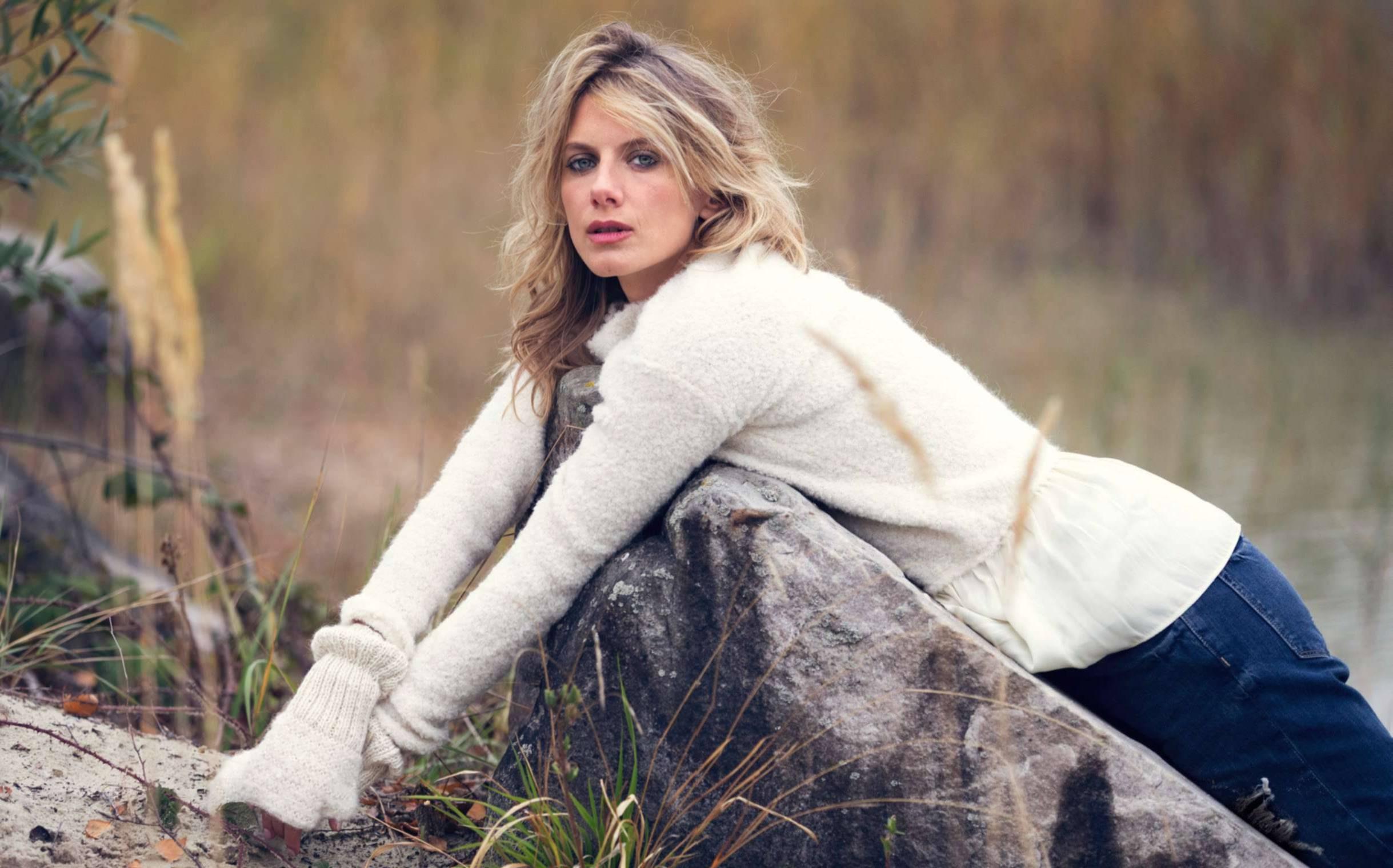 Melanie Laurent Download