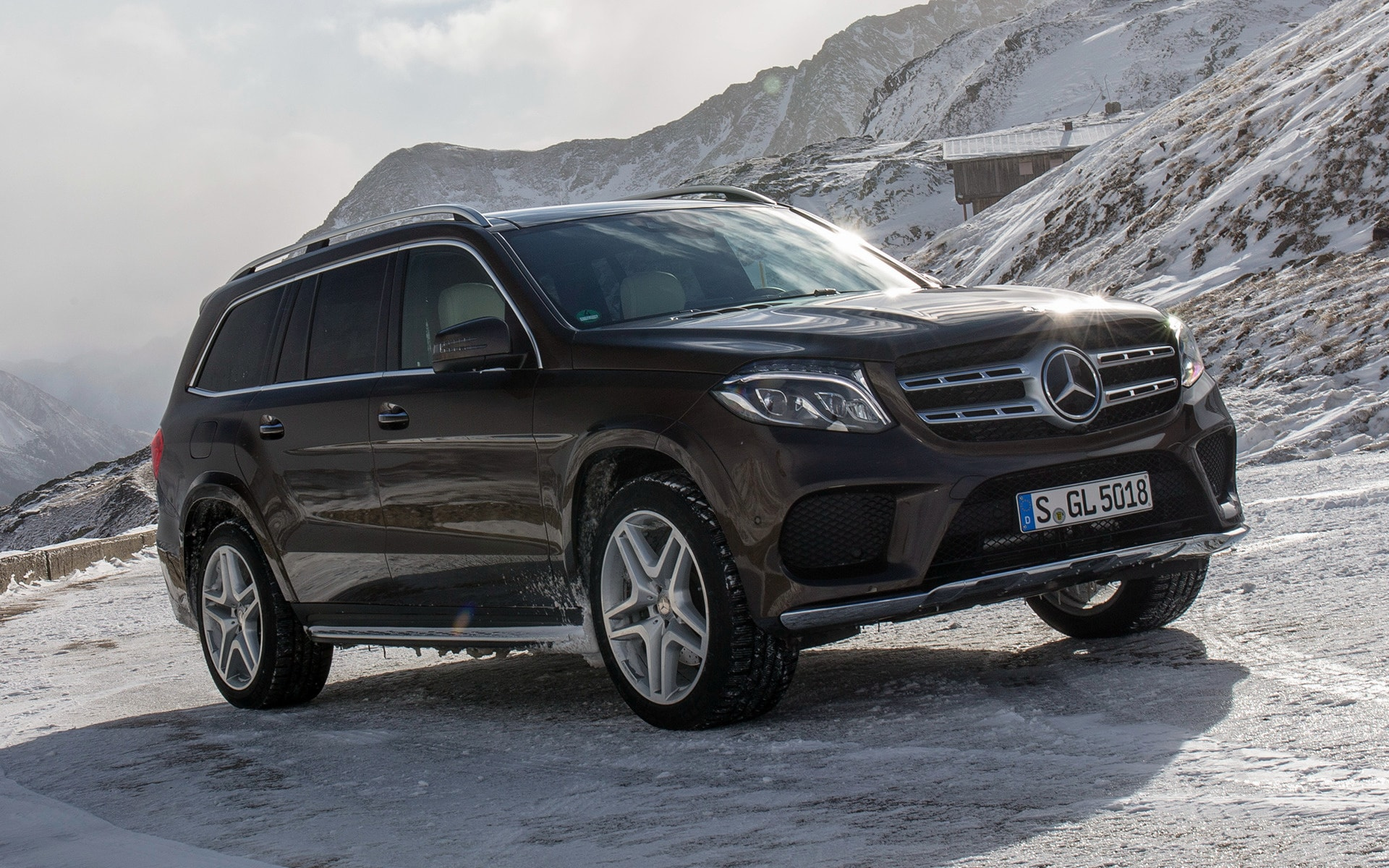 Mercedes GLS Download