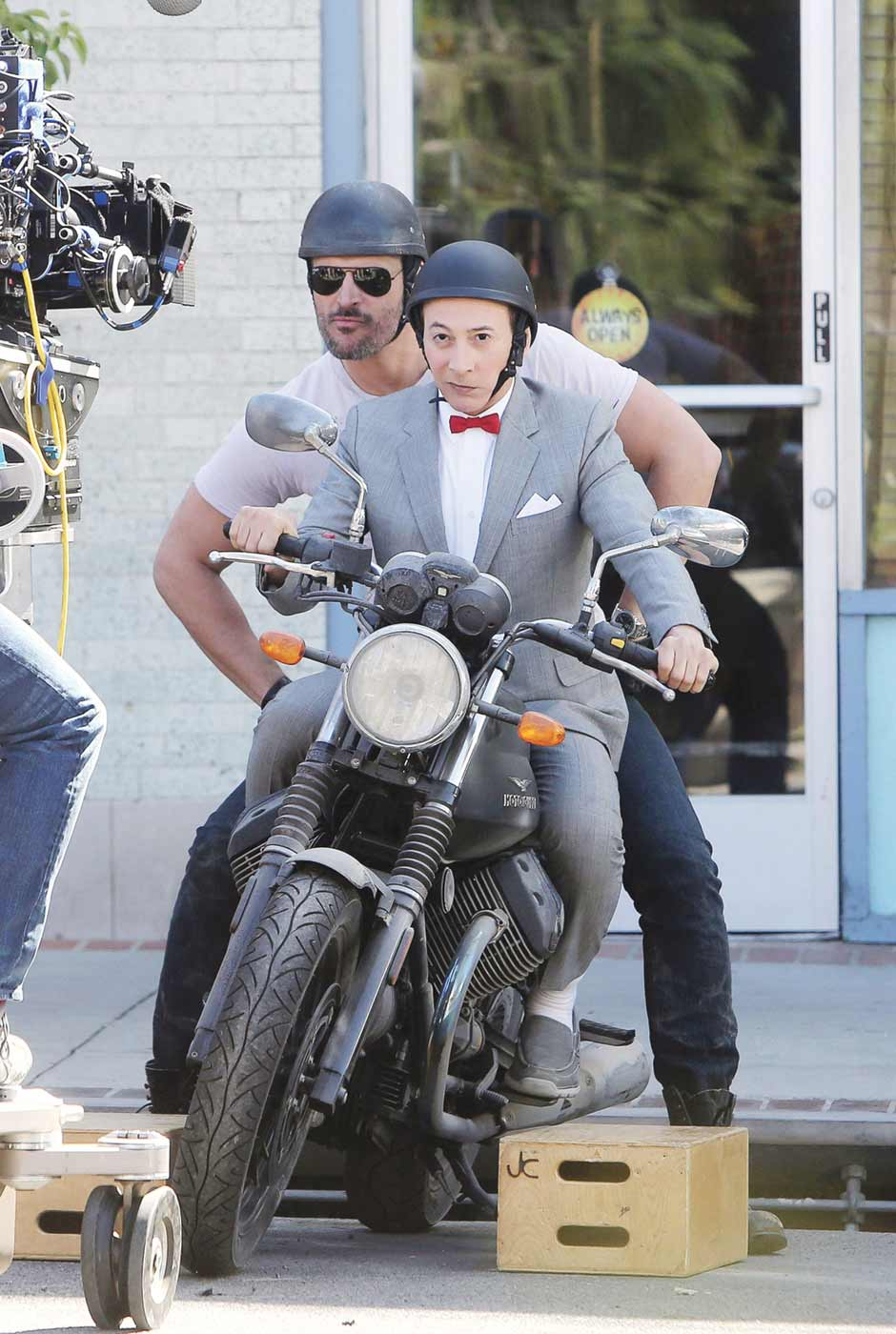 Pee-wee's Big Holiday for mobile