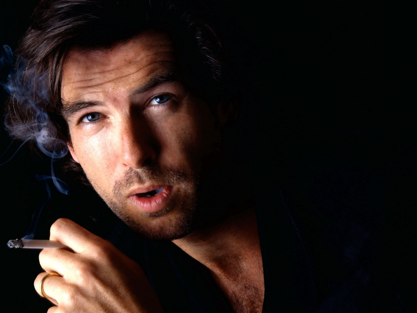 Pierce Brosnan Download