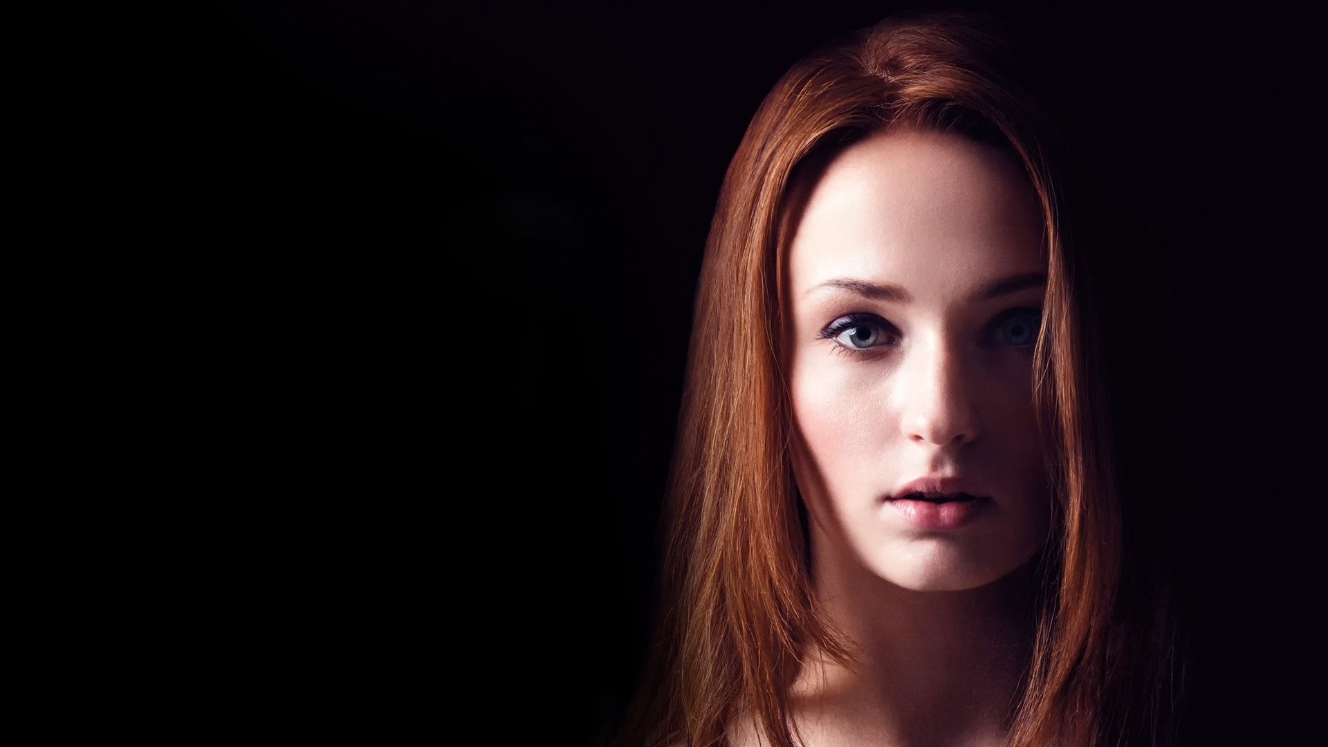 Sophie Turner Download