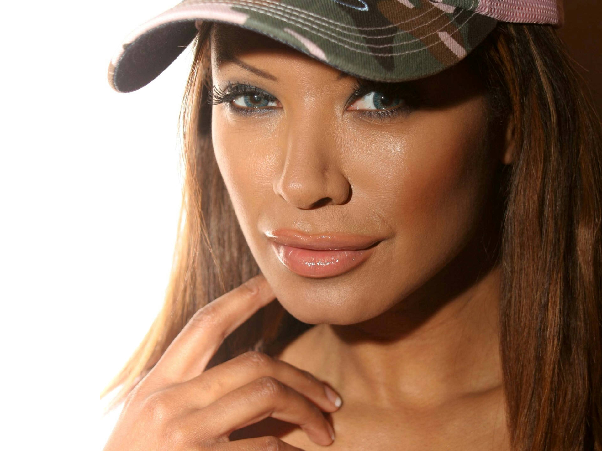 Traci Bingham Download
