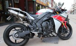 Yamaha YZF-R1 2012 Download