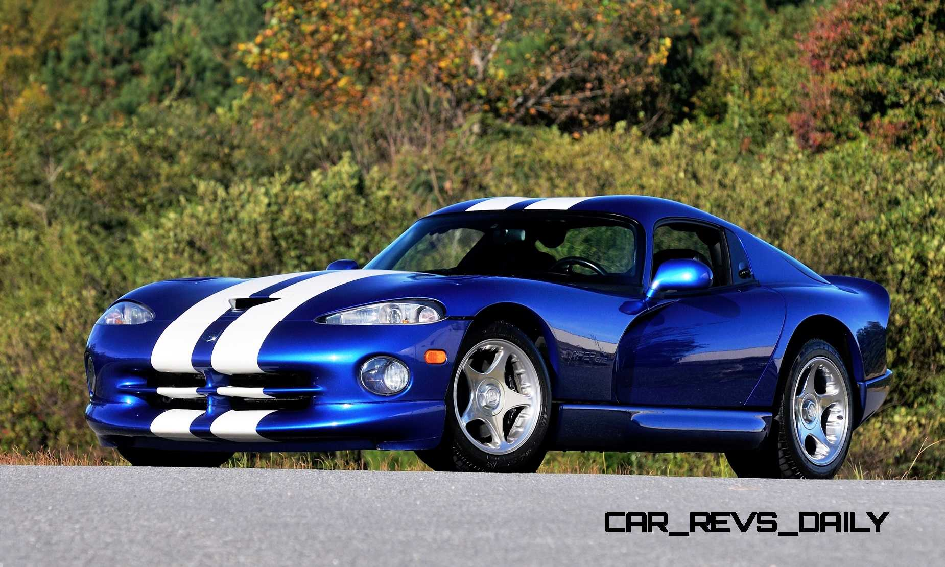 1996 Dodge Viper GTS Wallpapers