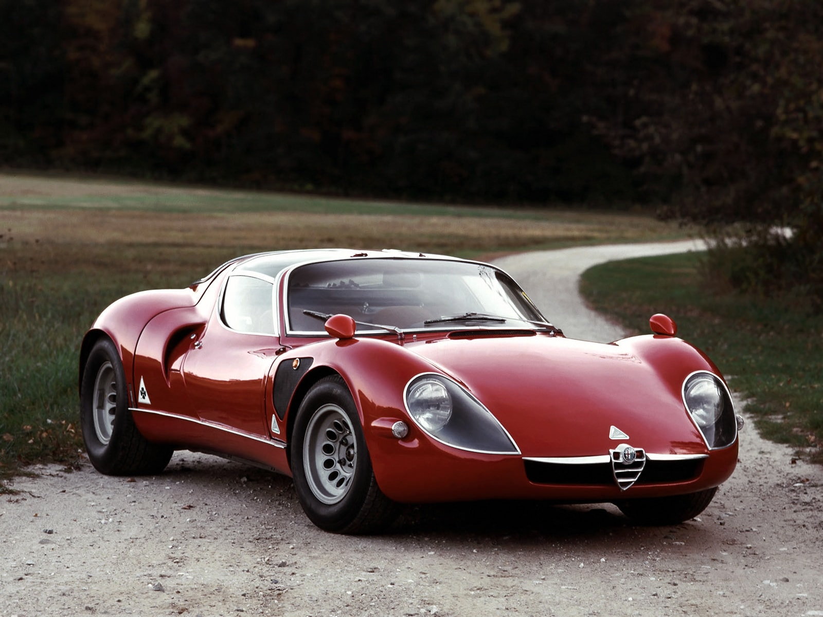 Alfa Romeo Tipo 33 Stradale Wallpapers