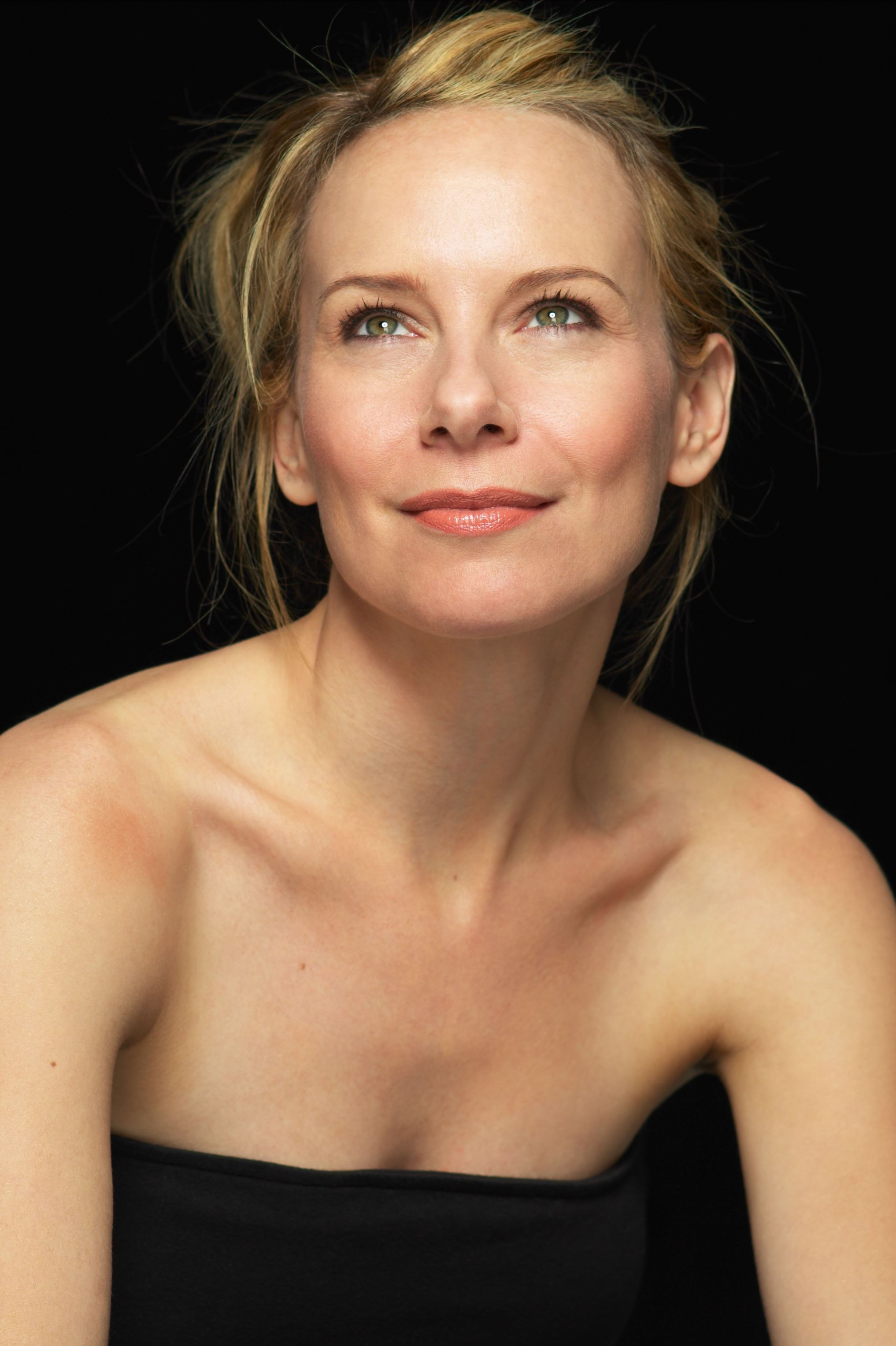 Amy Ryan Wallpapers
