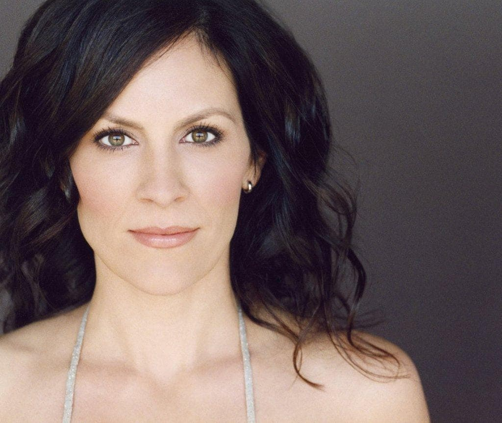 Annabeth Gish Wallpapers