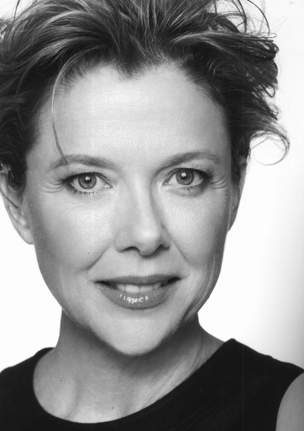 Annette Bening Wallpapers
