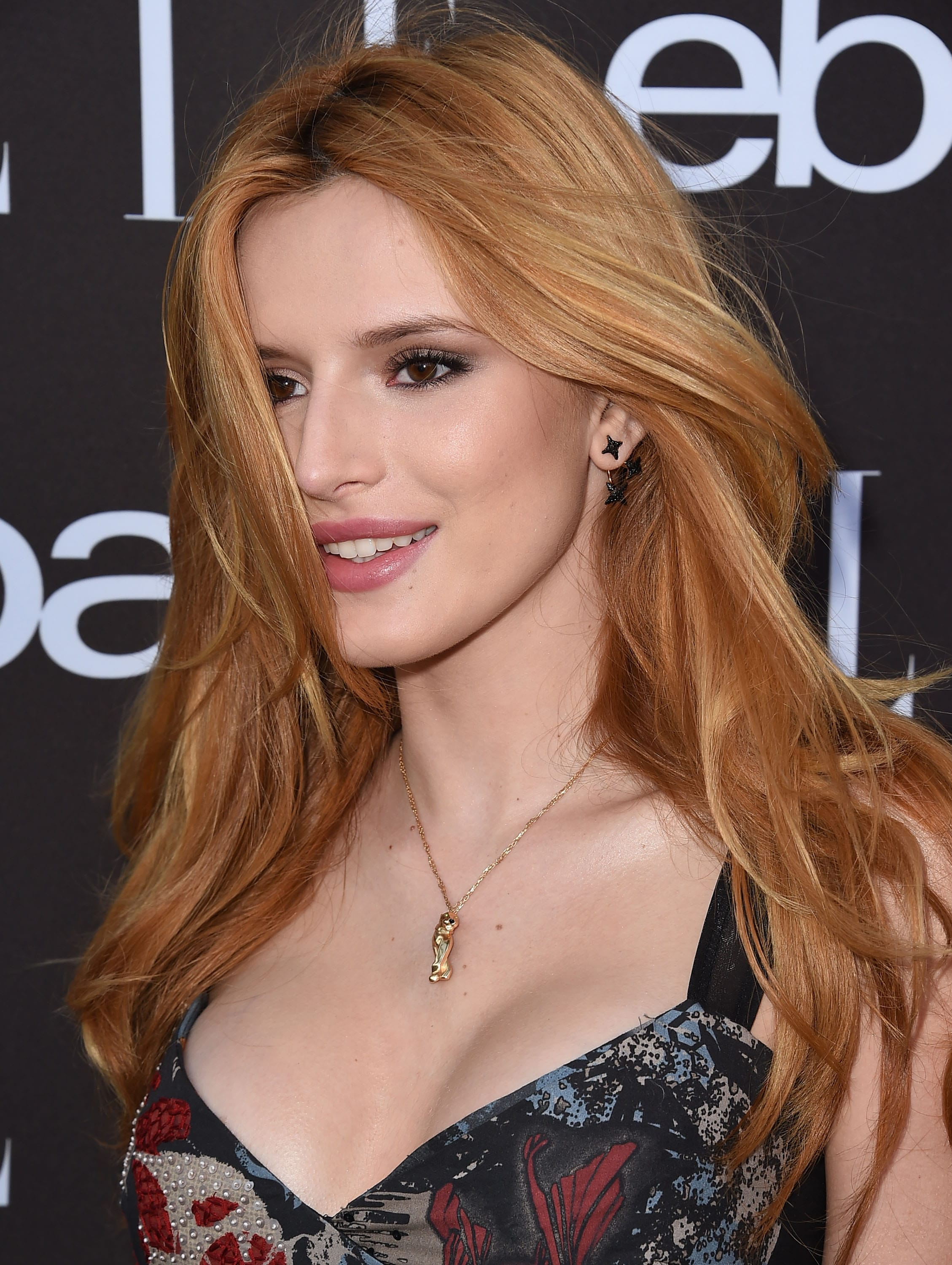 Bella Thorne Wallpapers