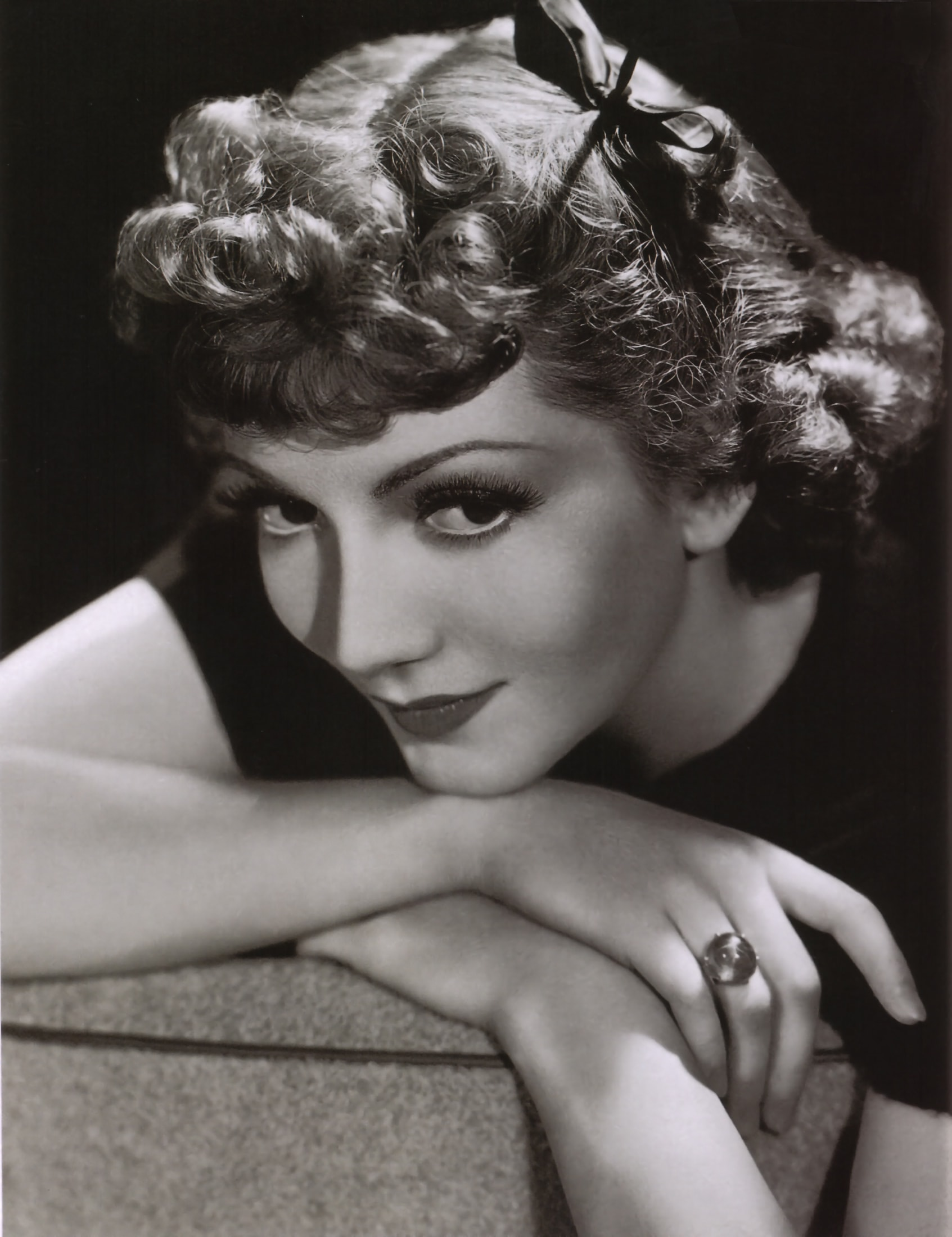 Claudette Colbert Wallpapers