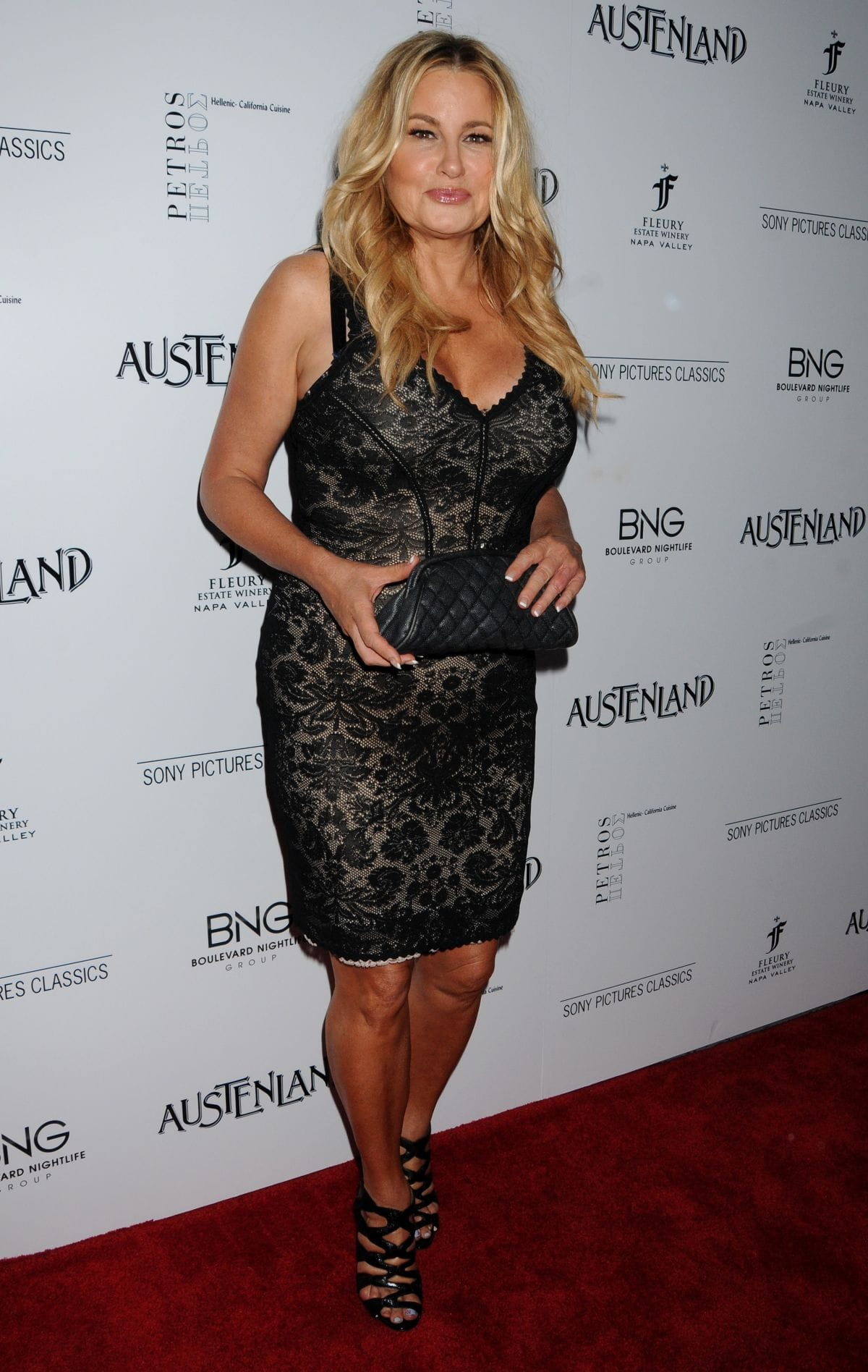 Jennifer Coolidge Wallpapers