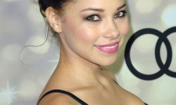 Jessica Parker Kennedy Wallpapers
