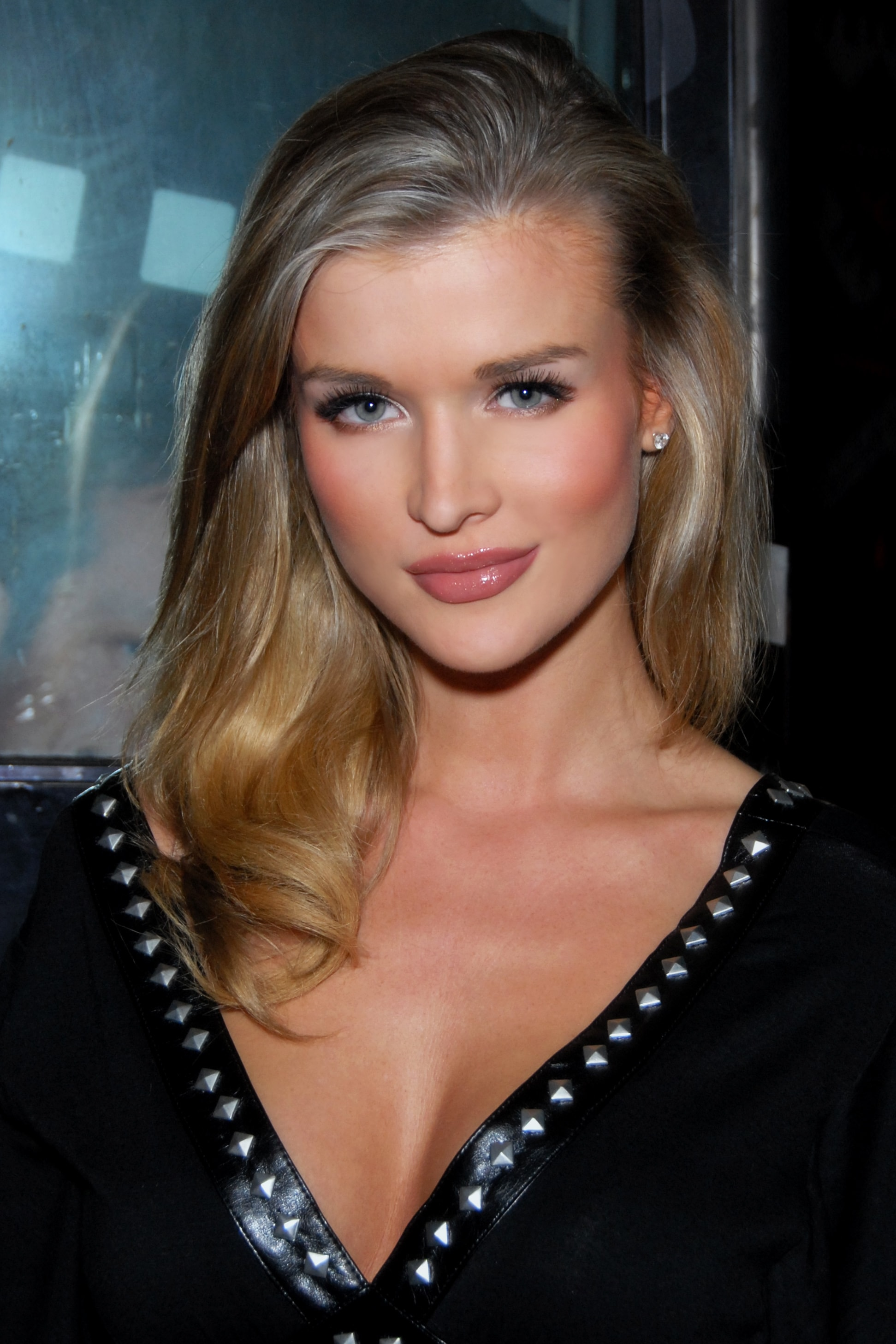 Joanna Krupa Wallpapers