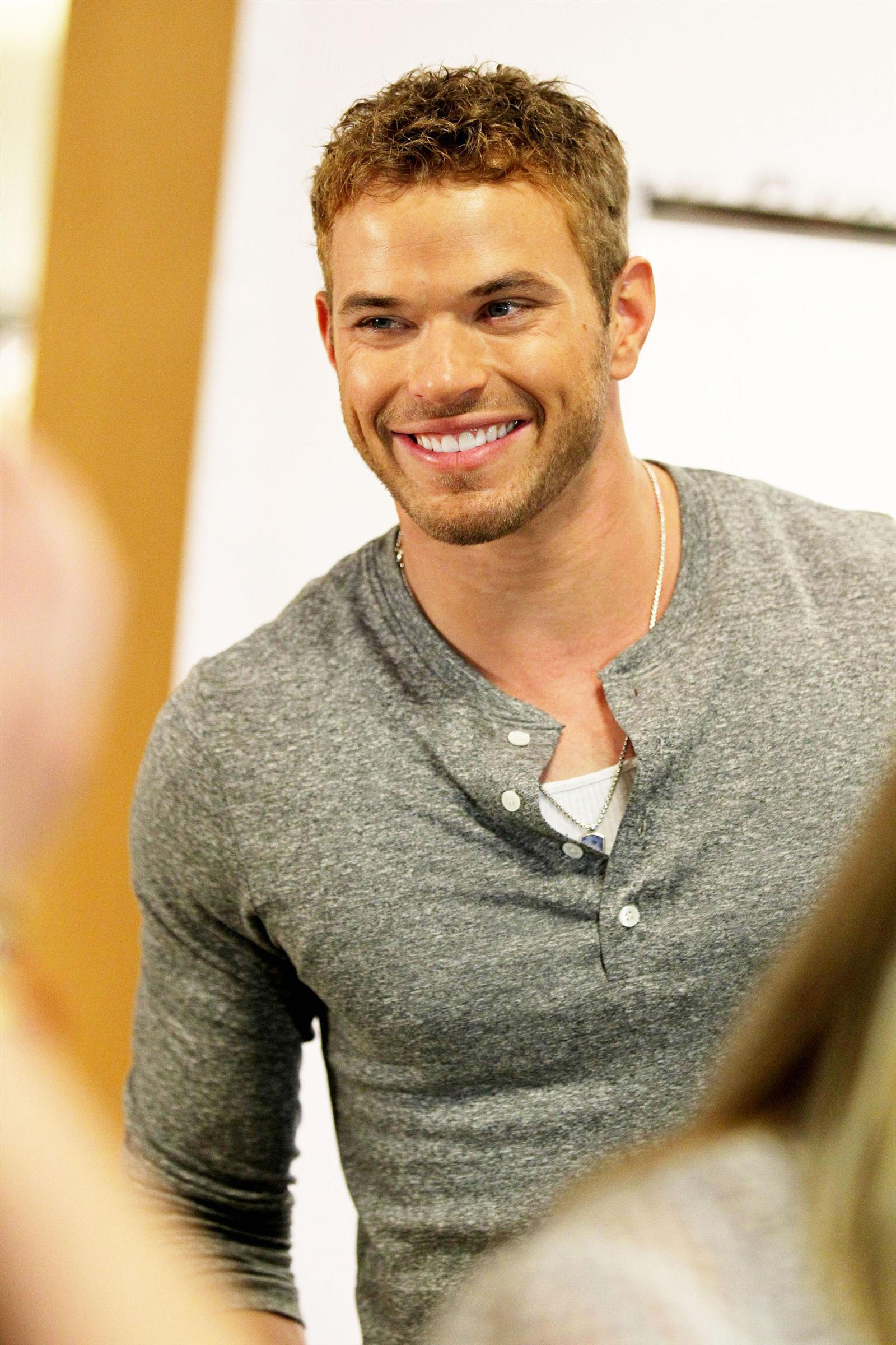 Kellan Lutz Wallpapers