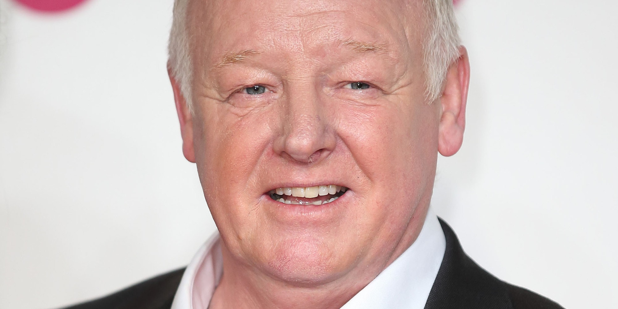 Les Dennis Wallpapers