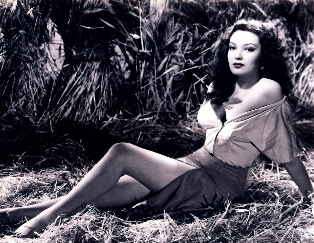 Linda Darnell Wallpapers