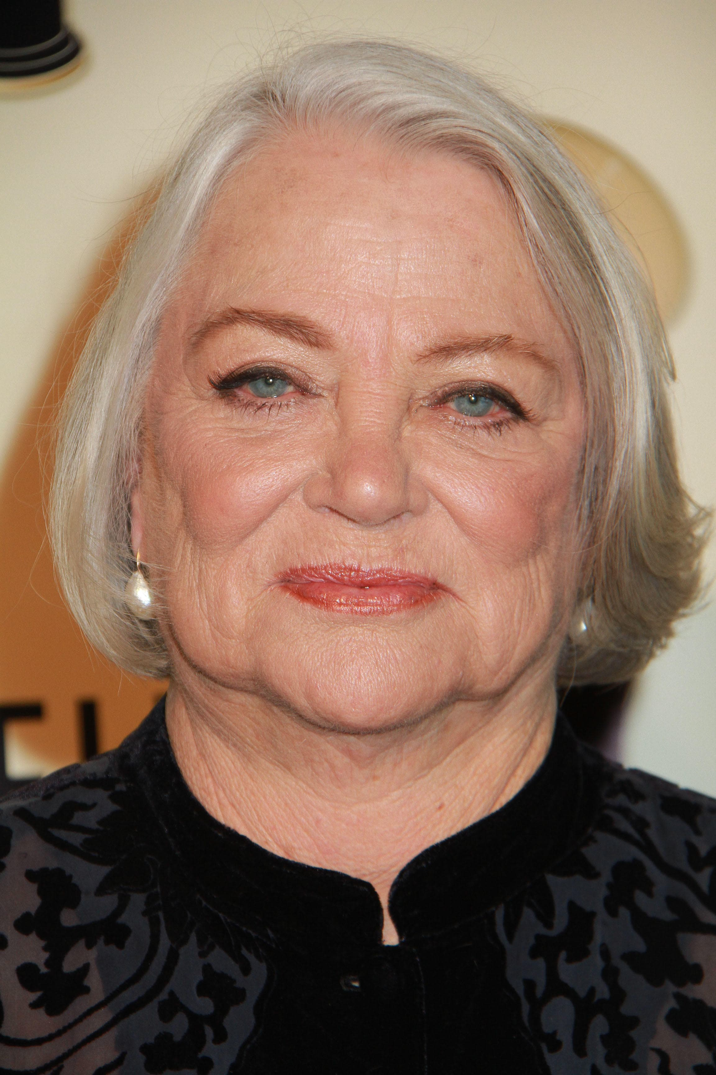 Louise Fletcher Wallpapers
